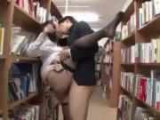 Ngentot di toko buku